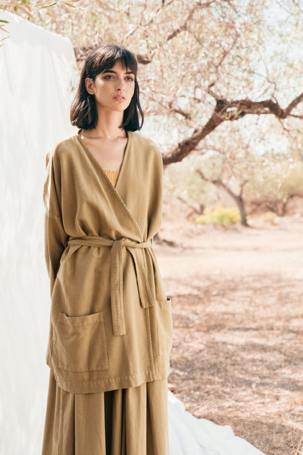 lima-robe-darkgold-shop01