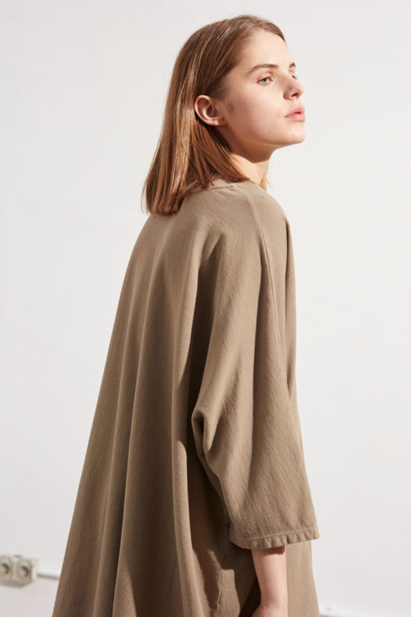 tilda-top-taupe-shop01